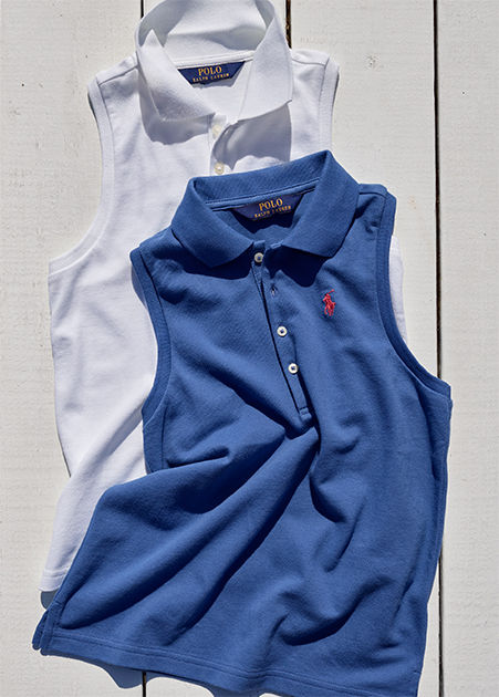 Sleeveless Polo shirts in blue and white.