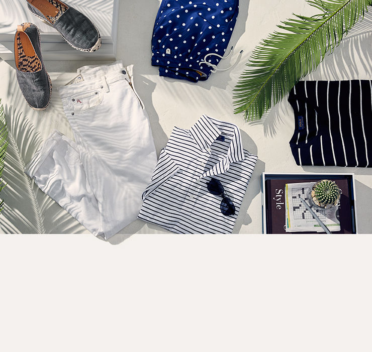 White jeans, canvas espadrilles & more summer getaway essentials